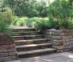 gallery outdoor living wall featuring:  hdscn sidestairs