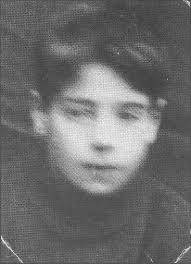 Able Seaman RODERICK MACRAE Rodigan Ruairidh Bhabaich Last address in Lewis: 25 Leurbost Son of Roderick and Jessie MacRae. - leurbost-25-roderick-macrae