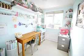 15 uplifting shabby chic home office designs that will motivate you to do more chic office ideas 15 chic