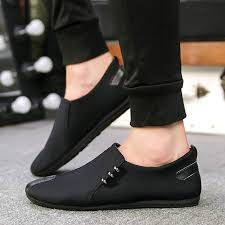 What <b>men's shoes</b> will be in fashion in the <b>spring</b>-summer of 2019