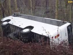 Kırşehir'de otobüs devrildi: 15 yaralı