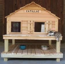 ideas about Outdoor Cat Houses on Pinterest   Outdoor Cats    outdoor cat houses for winter   Insulated Outdoor Pet House   Platform