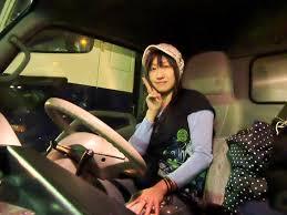 「女性トラックドライバー」の画像検索結果