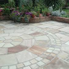 patio slab sets: global stone paving riven sandstone mint paving circle feature kits