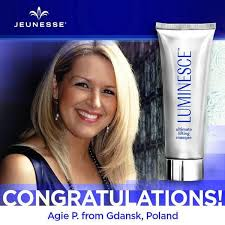 luminesce daily moisturizing complex reviews
