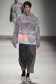 central saint martins fall 2015 ready to wear collection vogue brightly colored offices central st