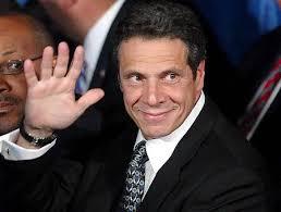 Non facciamoci mancare niente e guardiamo oltre il 2012: Andrew Cuomo, 57 anni, figlio di Mario e governatore democratico di New York, è improvvisamente ... - 450x341-alg_wave_andrew_cuomo