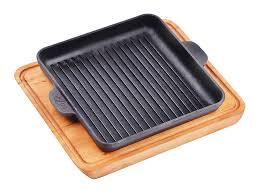 <b>Сковорода квадратная</b> 180х180х25 с <b>дощечкой</b> BRIZOLL – купить ...
