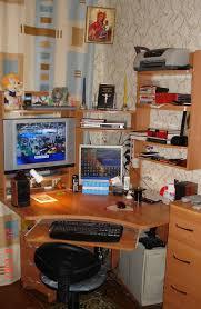 <b>Компьютерный стол</b> — Википедия
