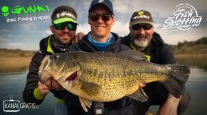 Gunki TV - <b>Bass Fishing</b> in Spain - Fish Spotting (French Subtitles ...