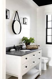 black white small bathroom