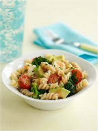 An <b>Easy</b> Pasta Salad Recipe from <b>Ella's Kitchen</b> | Meals for Kids
