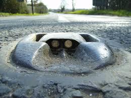 <b>Cat's eye</b> (road) - Wikipedia