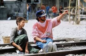 steven spielberg and a very young christian bale oldschoolcool steven spielberg and a very young christian bale 1986