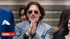 Johnny Depp <b>leaves</b> Fantastic Beasts film franchise - BBC News