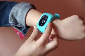 <b>SIM card</b> for <b>Smartwatch</b> | How to Choose: Guide | FindMyKids Blog