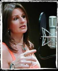... and efficient way to work whilst keeping the highest standards of recording integrity. Ann Bailey - top UK session singer and backing vocalist. - portrait-singing_studio