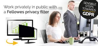 PrivaScreen™ Blackout <b>Privacy Filters</b> - Fellowes®