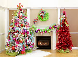 design traditional christmas decorations