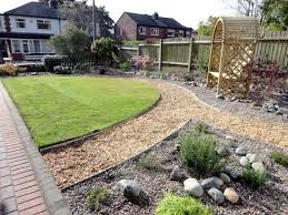 Small Picture Portfolio a low maintenance front garden