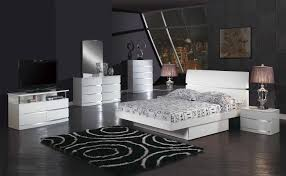 King Size Bedroom Sets Modern Cal King Bedroom Set Phoenix Platform 4piece Cal King Bedroom Set