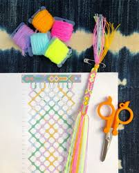 How to Read <b>Friendship Bracelet Patterns</b> | the neon tea party