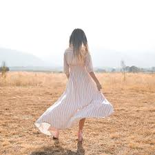 Where to buy dresses for <b>short</b> or <b>petite</b> women | finder.com
