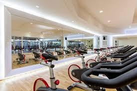 <b>Fitness Club</b>