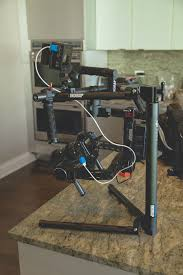 Как выбрать электронный <b>стабилизатор</b> для видеосъемки ...