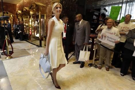 Trump'ın kızı Ivanka Trump'a Tepkiler Büyüyor