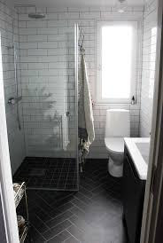 dark tiles chalet black