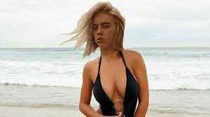 <b>Billie Eilish</b> being really <b>hot</b> 2019 - YouTube