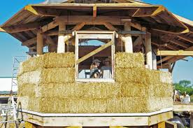 Advantages of Timber Frame and Straw Bale Houses   Green Homes    When comparing a timber frame to a conventional stud frame  the myriad advantages make an easy argument  Like straw bales  materials for a timber frame are