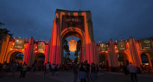<b>Halloween Horror Nights</b> 2020 – complete insider's guide