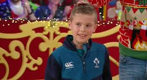 #latelatetoyshow hashtag on Twitter