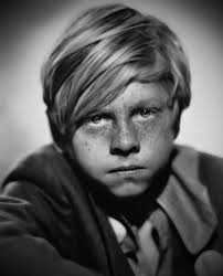 REMEMBERING MICKEY ROONEY Images?q=tbn:ANd9GcTWoXVkmUNnBRa2OeL8NcJHpvd7rm913Skf5PjqlcDtAIAPi2dR