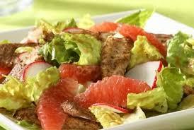 Картинки по запросу Рецепт необычного вкусного салата из курицы и грейпфрута