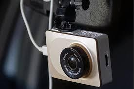 Обзор <b>Yi Smart Dash</b> Camera: умный народный <b>видеорегистратор</b>