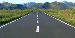 Resultado de imagen de imagen de coche en carretera