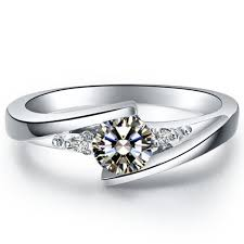 2019 Hot Sell Star <b>Twinkle</b> Synthetic Diamond <b>Engagement Ring</b> ...
