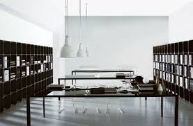 simple black and white office design