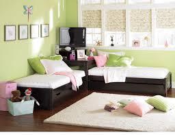 ديكورات غرف نوم اطفال جديدة في قمة الروعة images?q=tbn:ANd9GcTYYTrvbtrvRG_HJ27eoK5vtYqhQ7eikzmkCKSLbGmTg7EUdRXb
