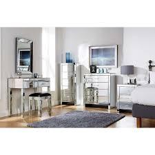 mirror design ideas antique design venetian mirrored bedroom furniture vanity dressing grooming tasks individual seated bedrooms mirrored furniture