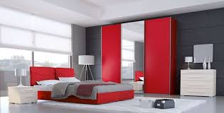 Camera Da Letto Grigio Bianco : Camera da letto rossa foto design mag
