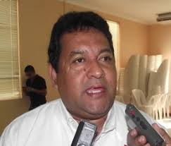 Javier Reyes Muñoz. Reyes Muñoz, explicó que, estas acciones se están aplicando con enfoque de riesgo, como son los municipios de la zona serrana, Soteapan, ... - WAL.JAVIER_REYES_MU_OZ