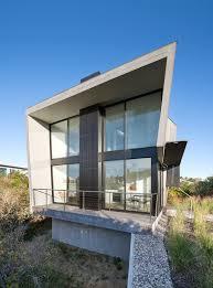 A Two Story Beach House   a Small Footprint   Design MilkBeach Hampton Bates Masi Architects