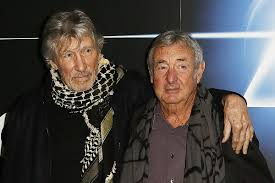 Why <b>Pink Floyd's</b> 'Momentary Lapse of Reason' Was 'Over-Egged'