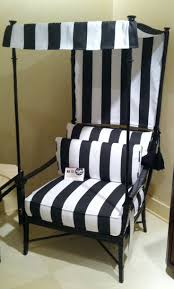 1000 ideas about black and white furniture on pinterest furniture black leather sofas and red mirror black and white furniture
