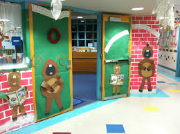 holiday door decorating contest ideas pictures