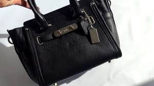 <b>Сумка COACH</b> Swagger 21 In Pebble Leather - YouTube